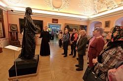 В музее МДА прошла благотворительная экскурсия для сотрудников Паломнической слободы