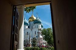 Лавра чествует преподобного Феодосия Печерского - родоначальника русского монашества