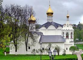 Образование Пятницкого (Введенского) Подольного монастыря